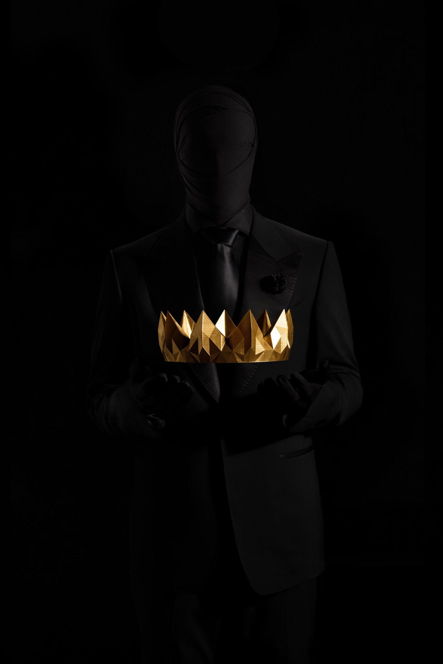 At være konge, velhavende og at få klaret de sure tjanser for dig